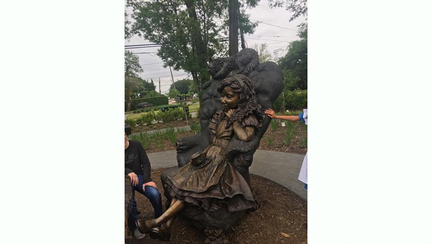 Thé avec Alice au pays des merveilles