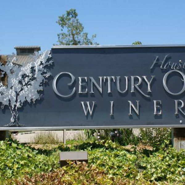 Wine Country Sign Smiths: The Fantastic Art of Signs by Van